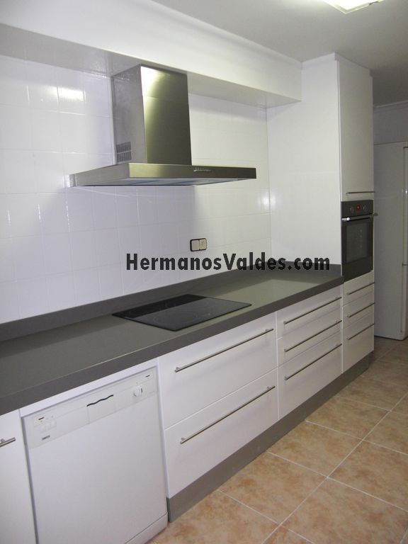 Muebles de Cocina | Hermanos Valdés - Armarios y Vestidores a Medida ...